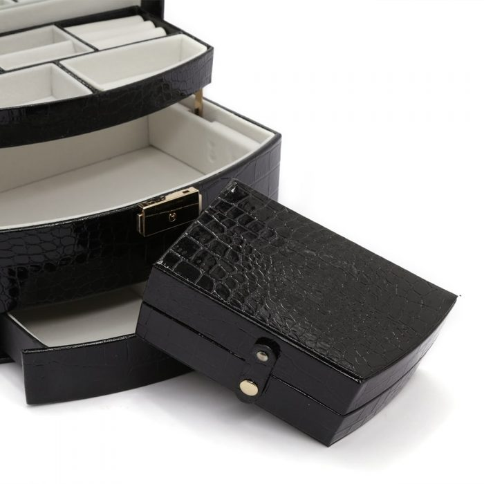 black-crocodile-jewellery-box-4