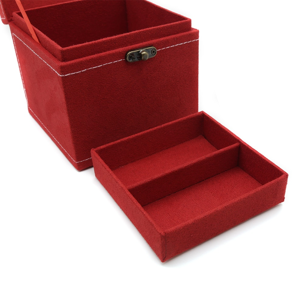 square-red-travel-jewellery-box-3