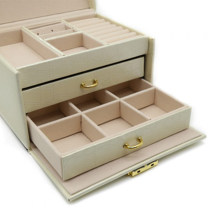 premium-beige-jewellery-box-4