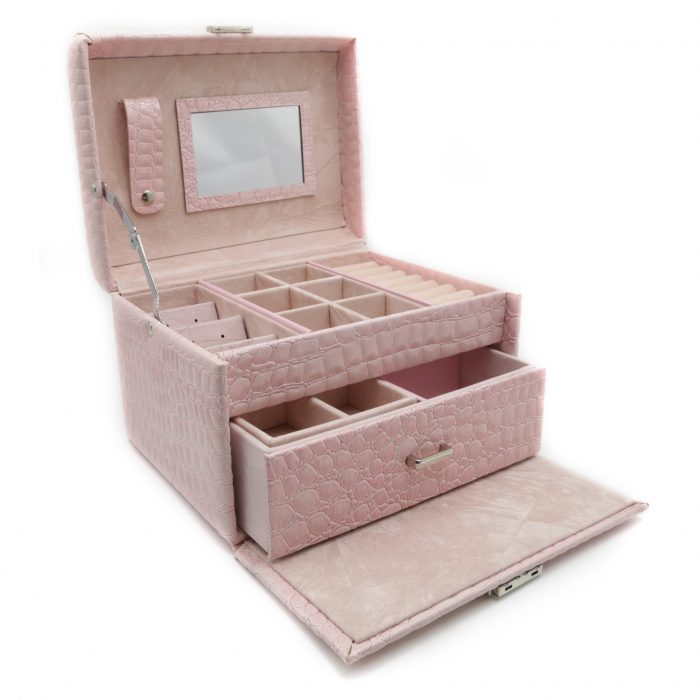 soft-pink-luxury-jewellery-box-2