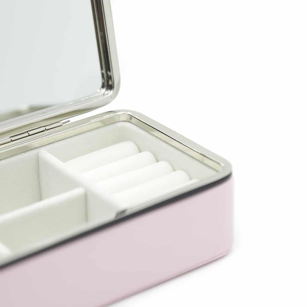 exquisite-soft-pink-jewellery-box-3