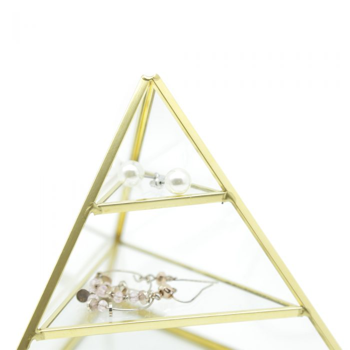 copenhagen-three-level-glass-jewellery-pyramid-3